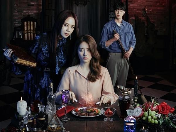 Drama 'The Witch's Diner' Rilis Poster Utama Penuh Misteri
