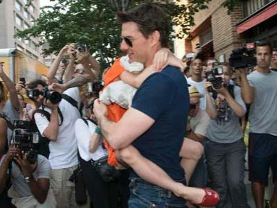 Ternyata Tom Cruise Juga Bisa Menangis
