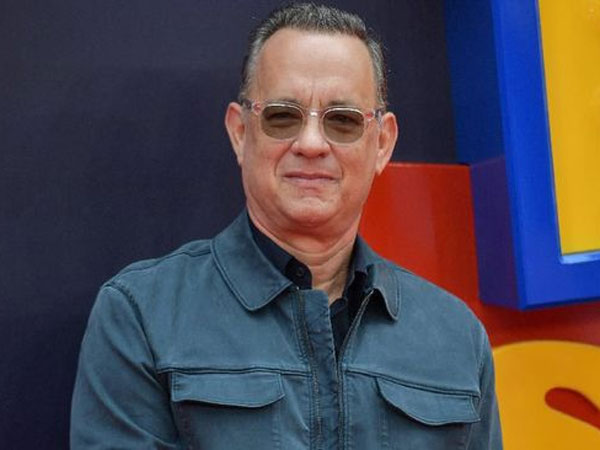 Umumkan Sendiri di Tengah Karantina, Apa Kabar Tom Hanks Yang Positif Virus Corona?