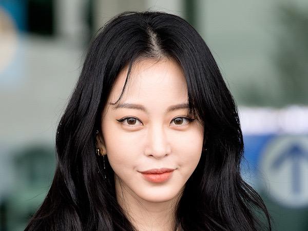 Han Ye Seul Tuntut Reporter Penyebar Rumor, Minta Publik Nantikan Hasilnya