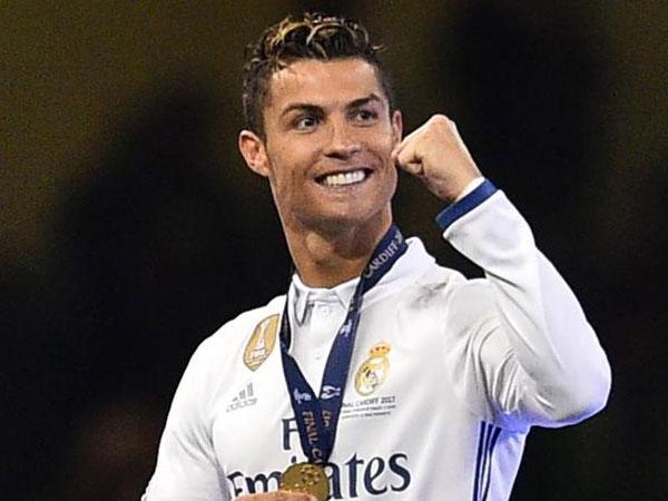 Selamat, Cristiano Ronaldo Kembali Raih Gelar Terbaik!