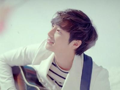 Sebelum Tampil di M Countdown Jakarta, Roy Kim Akan Rilis Full Album Perdananya!