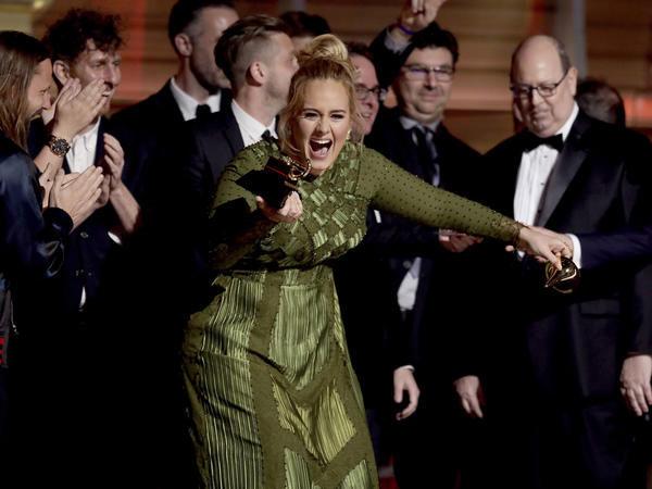 Raih Penghargaan Tertinggi, Adele Puji Habis Beyonce Knowles di Grammy Awards