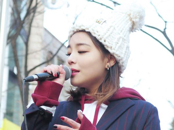 Usir Rasa Galau Ingat Mantan, Ailee Asyik Ngamen di MV 'Reminiscing'