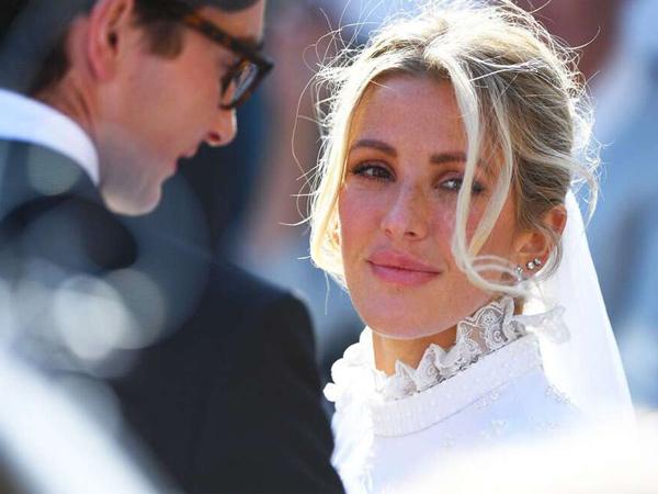 Momen Pernikahan Ellie Goulding dan Caspar Jopling yang Mirip Royal Wedding