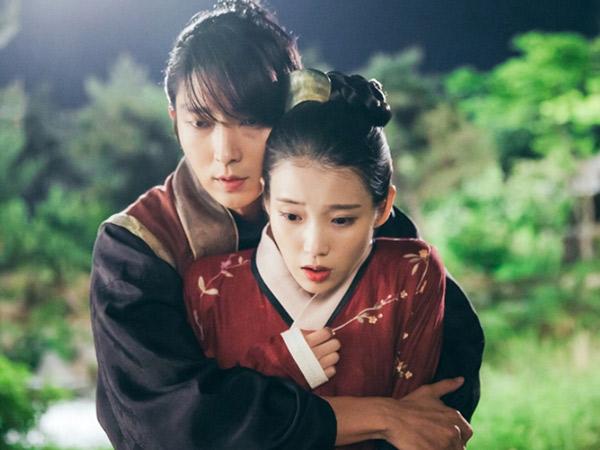 Romantis, Lee Jun Ki Beri Kado Ulang Tahun IU Lewat Adegan Ciuman di 'Scarlet Heart'?
