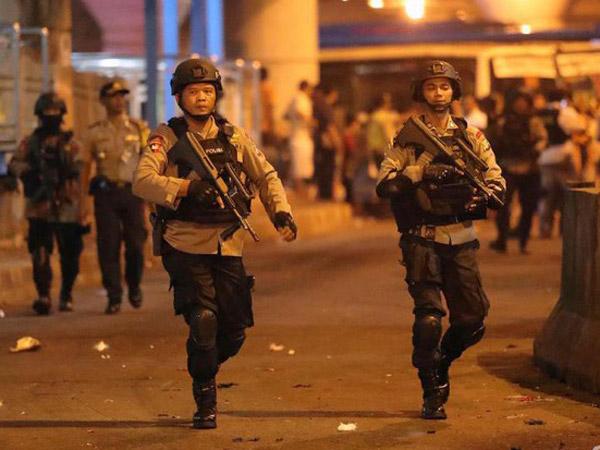 Karena Inilah Kepolisian Sudah Menduga Pelaku Bom Kampung Melayu Jaringan ISIS
