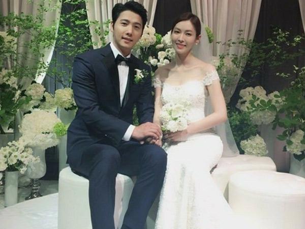Satu Lagi Pasangan Cinlok Drama Korea yang Akhirnya Resmi Menikah!
