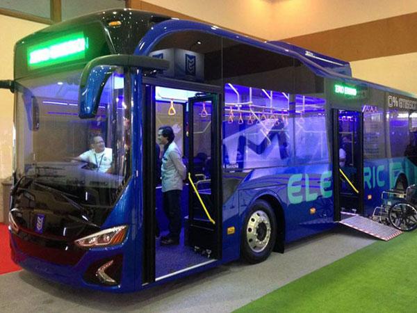 Ada Produksi Anak Bangsa, Begini Potret Bus Listrik yang Dijajal Gubernur Anies Baswedan