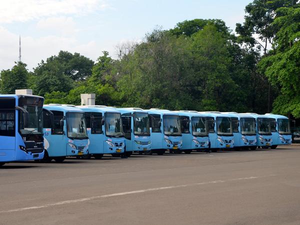 Gubernur Ahok Pastikan 300 Bus Transjakarta Baru Siap Beroperasi Pekan Ini