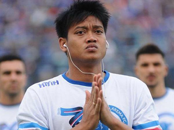 Kiper Kurnia Meiga 'Arema FC' Dikabarkan Buta Misterius