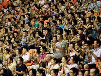 KBRI Beijing Pecahkan Rekor Main Angklung Terbanyak