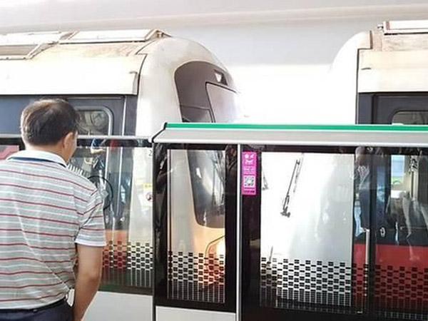 Dua Rangkaian MRT Singapura Tabrakan Lukai Puluhan Orang