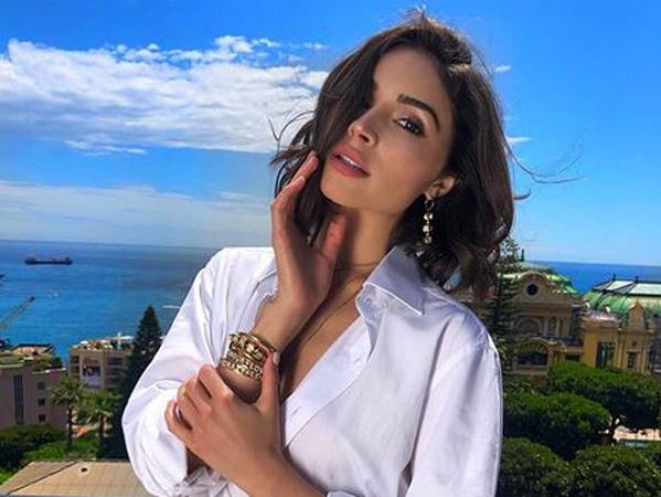 Kenalan dengan Olivia Culpo, Mantan Pacar Nick Jonas yang Jadi Wanita Terseksi 2019
