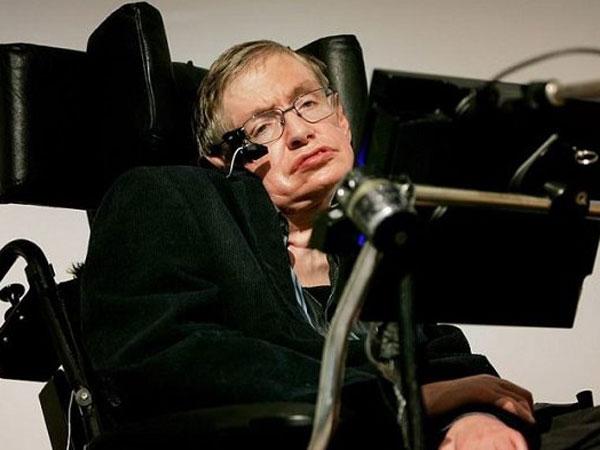 Ilmuwan Legendaris nan Kontroversial Stephen Hawking Meninggal Dunia