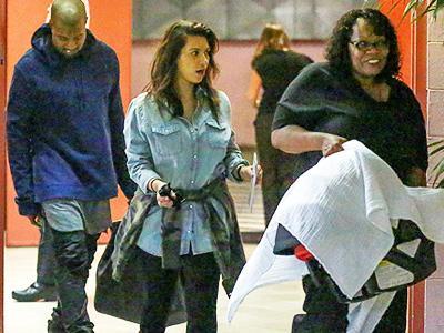 Usai Hilang 2 Bulan, Kim Kardashian Muncul Bawa Bayinya