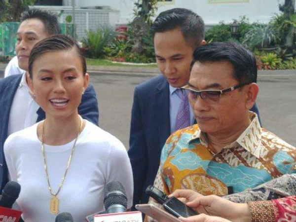Agnez Mo Bertemu Presiden Jokowi di Istana, Bahas Politik atau Hal Lain?