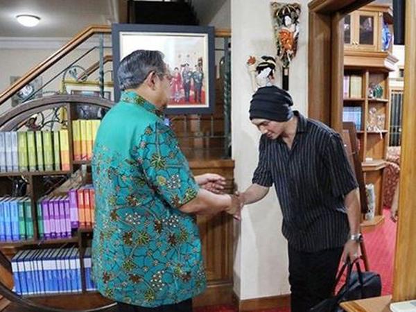 Cerita Anji Ditunjuk SBY Nyanyikan Lagu untuk Ibu Ani Yudhoyono