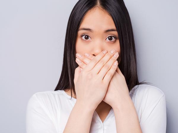 Tak Hanya Mengganggu, Bau Mulut Juga Bisa Jadi Tanda Masalah Kesehatan Lainnya