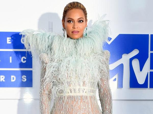 Minum Wine Pasca Melahirkan, Beyonce Knowles Dihujat Habis-habisan!