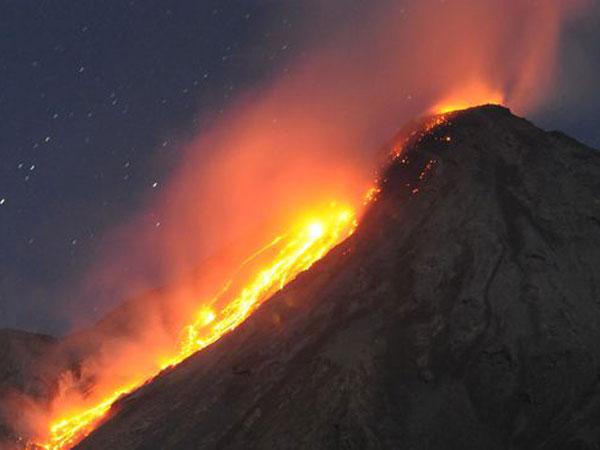 Tanggap Darurat Ditetapkan Karena Erupsi Gunung Karangetang, Sampai Kapan?