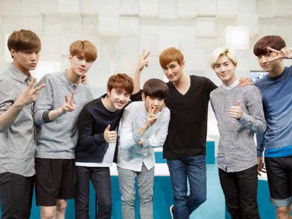 Manisnya EXO Berpose Dengan Sang Senior Kangta!