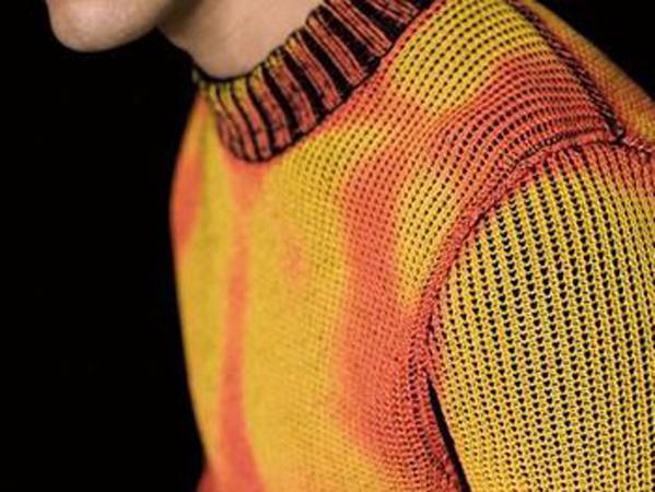 Canggih, Sweater Ini Bisa Berubah Warna Ikuti Cuaca