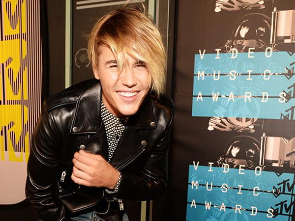 Comeback di MTV Video Music Awards 2015, Justin Bieber Hampir Menangis!