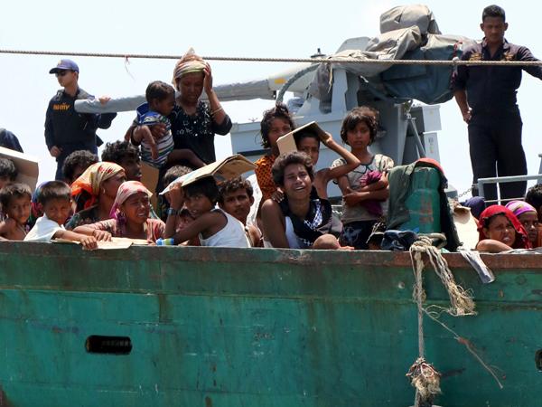 Presiden Jokowi dan UNHCR Didesak Selamatkan Pengungsi Etnis Rohingya