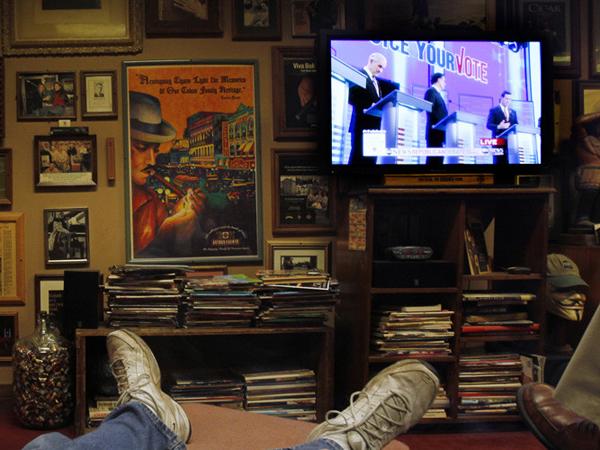 Nonton TV 92 Jam Nonstop, 5 Orang Ini Pecahkan Rekor Dunia!