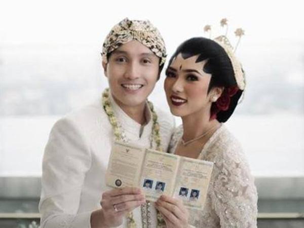 #HariPatahHatiNasional Terulang, Begini Momen Unik di Pernikahan Isyana dan Rayhan