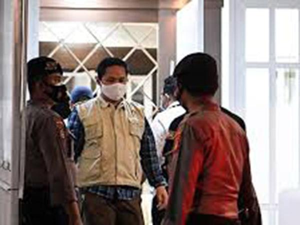 5 Koper Hingga 8 Sepeda Dibawa KPK dari Rumah Dinas Edhy Prabowo