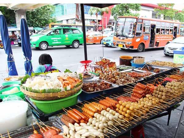 Yuk, Kenali 5 Cemilan Terpopuler Dari Negara Thailand