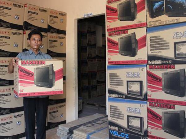 Murah dan Berkualitas, TV Rakitan Warga Lokal Ini Laris di Kalangan Anak Kost