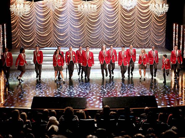 Glee: New Directions Siap Bertanding di Sectionals, Jesse St. James Ingin Rebut Rachel dari Sam?