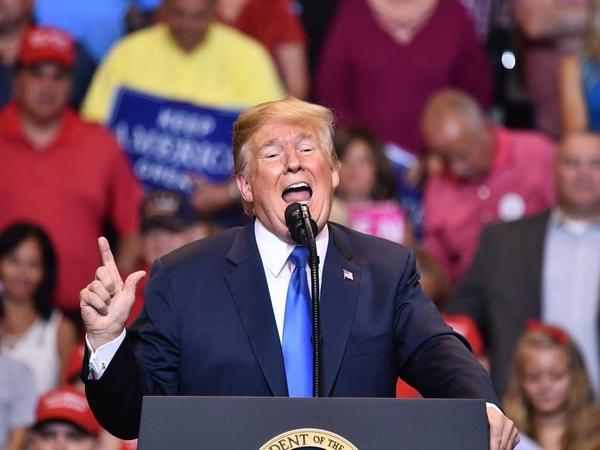 Panjang Lebar Kisah Hitam Politik Donald Trump Bisa Berujung Pemakzulan?