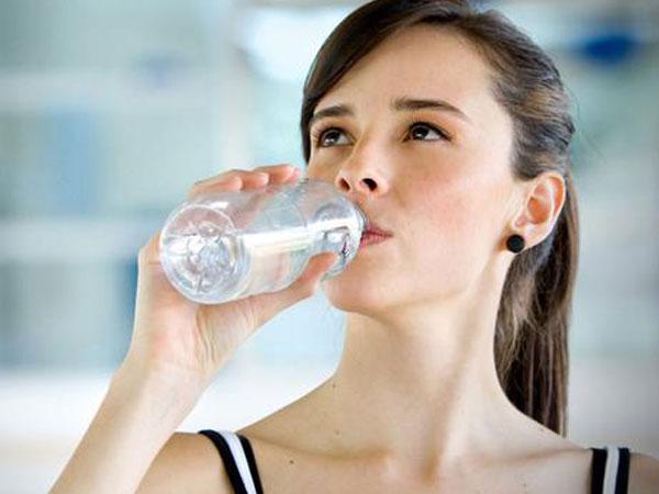 Riset Buktikan Dehidrasi Dapat Berpengaruh Terganggunya Kondisi Mental?