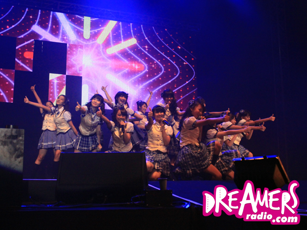 JKT48 Masuk Nominasi Favorite Asian Act di Kids Choice Awards 2015!