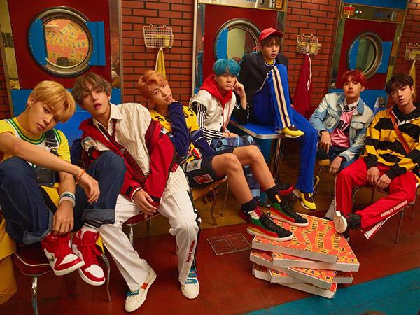Menyantap Pizza Lezat Sambil Berfoto di Spot Menarik Laundry Pizza Ala Idola K-Pop