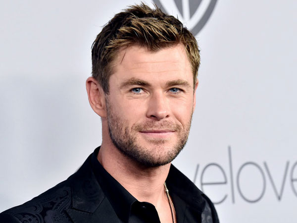 27chris-hemsworth-james-bond.jpg