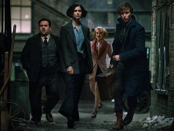Naskah 'Fantastic Beasts 3' Sudah Mulai Digarap Oleh Penulis Fenomenal J.K. Rowling!
