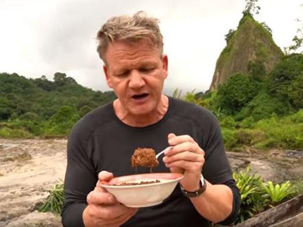 Coba Resep Omelette Rendang Ala Gordon Ramsay