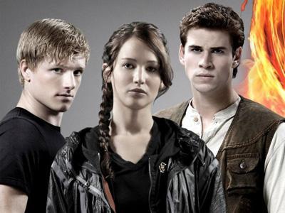 Hunger Games 2 Angkat Kisah Cinta Segitiga Katniss