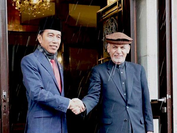 Menyingkap Lagi Cerita Menegangkan Jokowi ke Afghanistan yang Harus Siap Diroket Kanan-Kiri