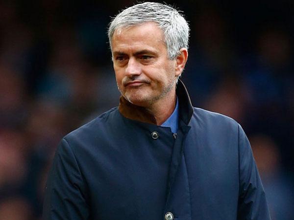 Jose Mourinho Angkat Bicara Soal Aksi 'Ceroboh' Penuh Emosional Bek MU