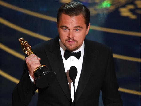 Usai Berpesta, Leonardo DiCaprio Lupa Bawa Piala Oscar Miliknya
