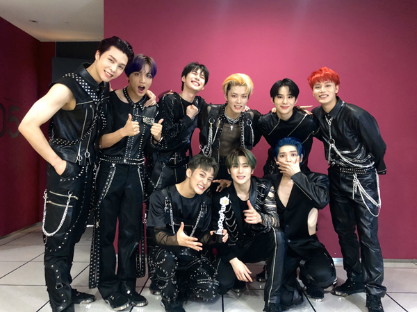 27nct-127-nctsmtown127-26.jpg