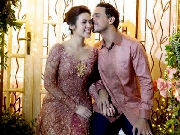 Fakta Menarik Lainnya Soal Pernikahan Raisa dan Hamish Daud