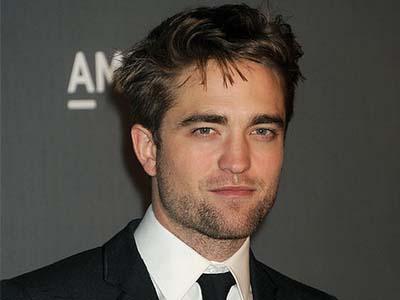 Duh, Robert Pattinson Ketakutan dan Penuh Luka di Film 'The Rover'!