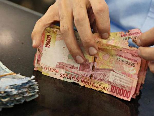 Di Tempat-tempat Inilah Kamu Bisa Tukarkan Uang Rusak Selain di Bank Indonesia